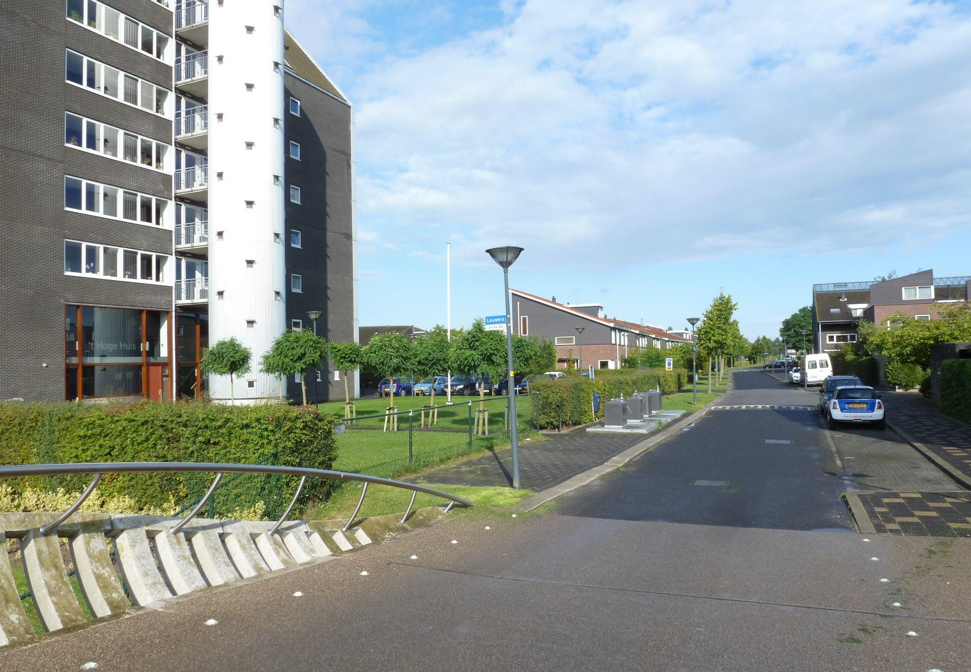 Lauwers, Hoofddorp