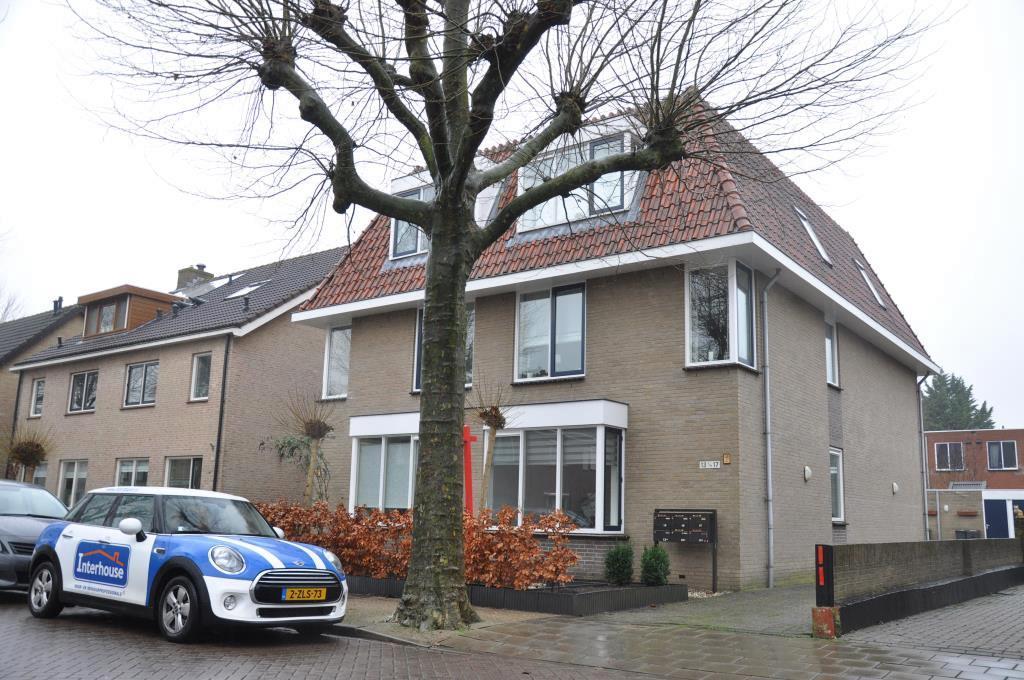Korennaarsstraat, Nieuw Vennep