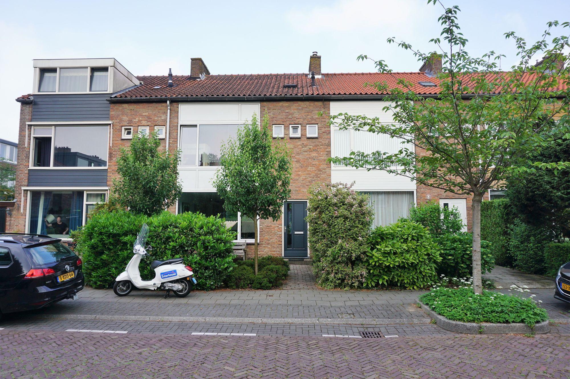 Ruys de Beerenbroucklaan, Amstelveen