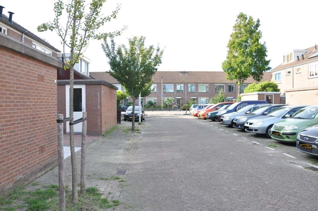 Waterlelieweg 57, Voorhout