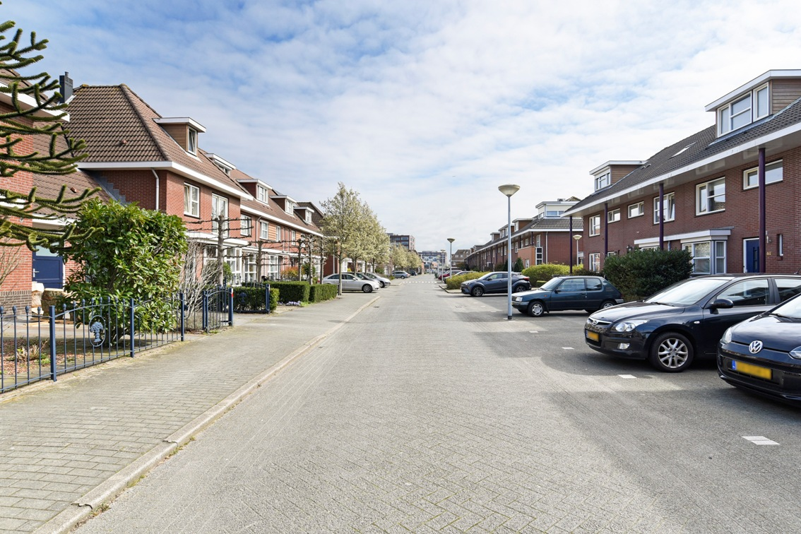 Rodelindalaan, Nieuw Vennep