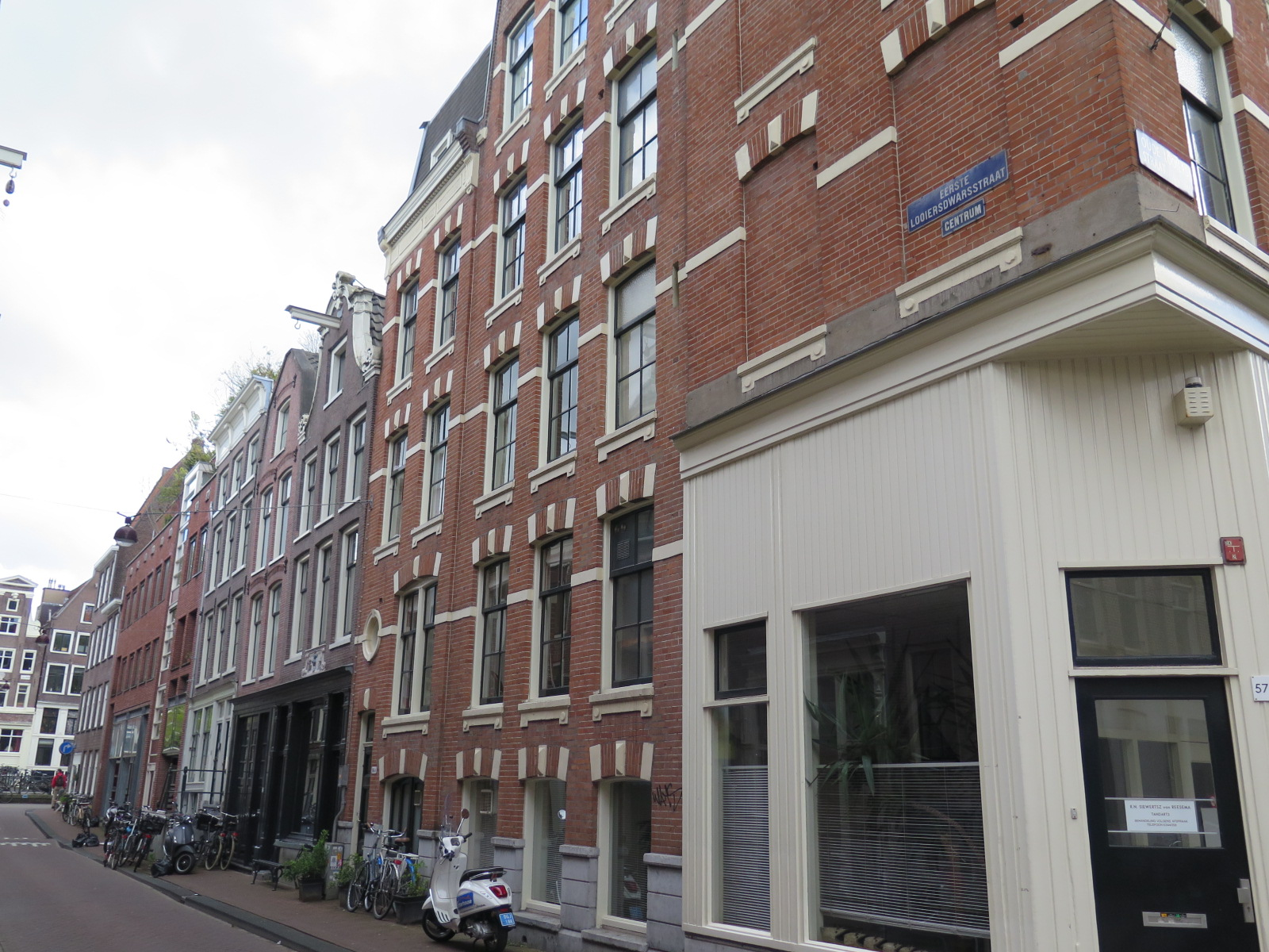 Eerste Looiersdwarsstraat