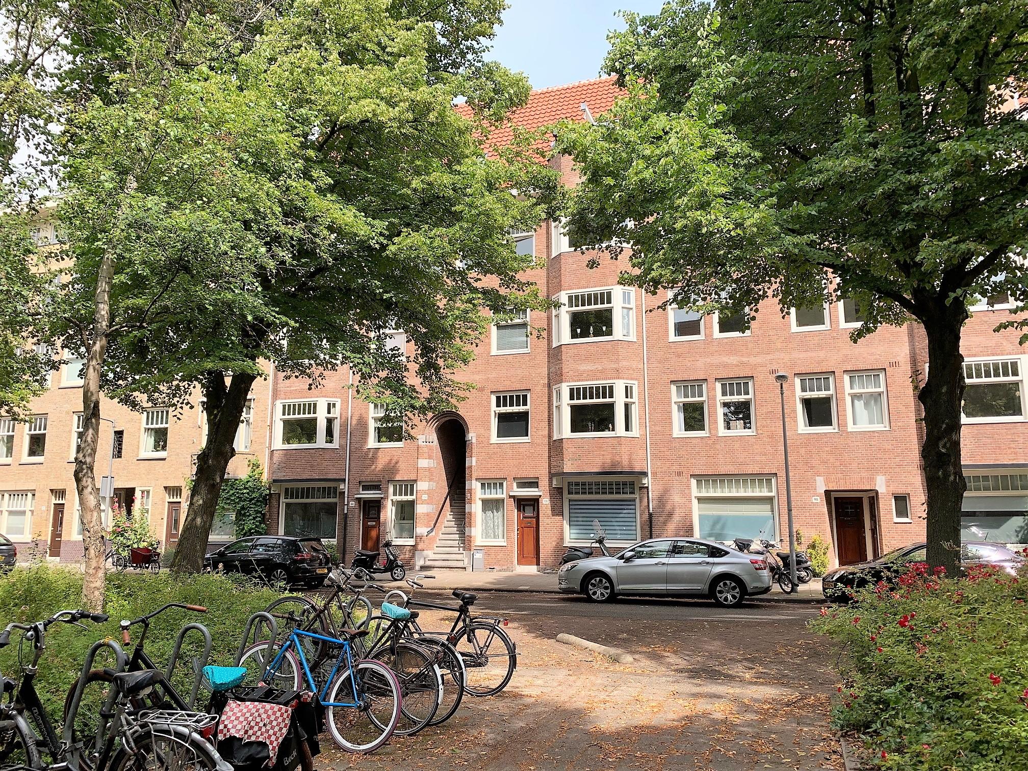 Van Tuyll van Serooskerkenweg