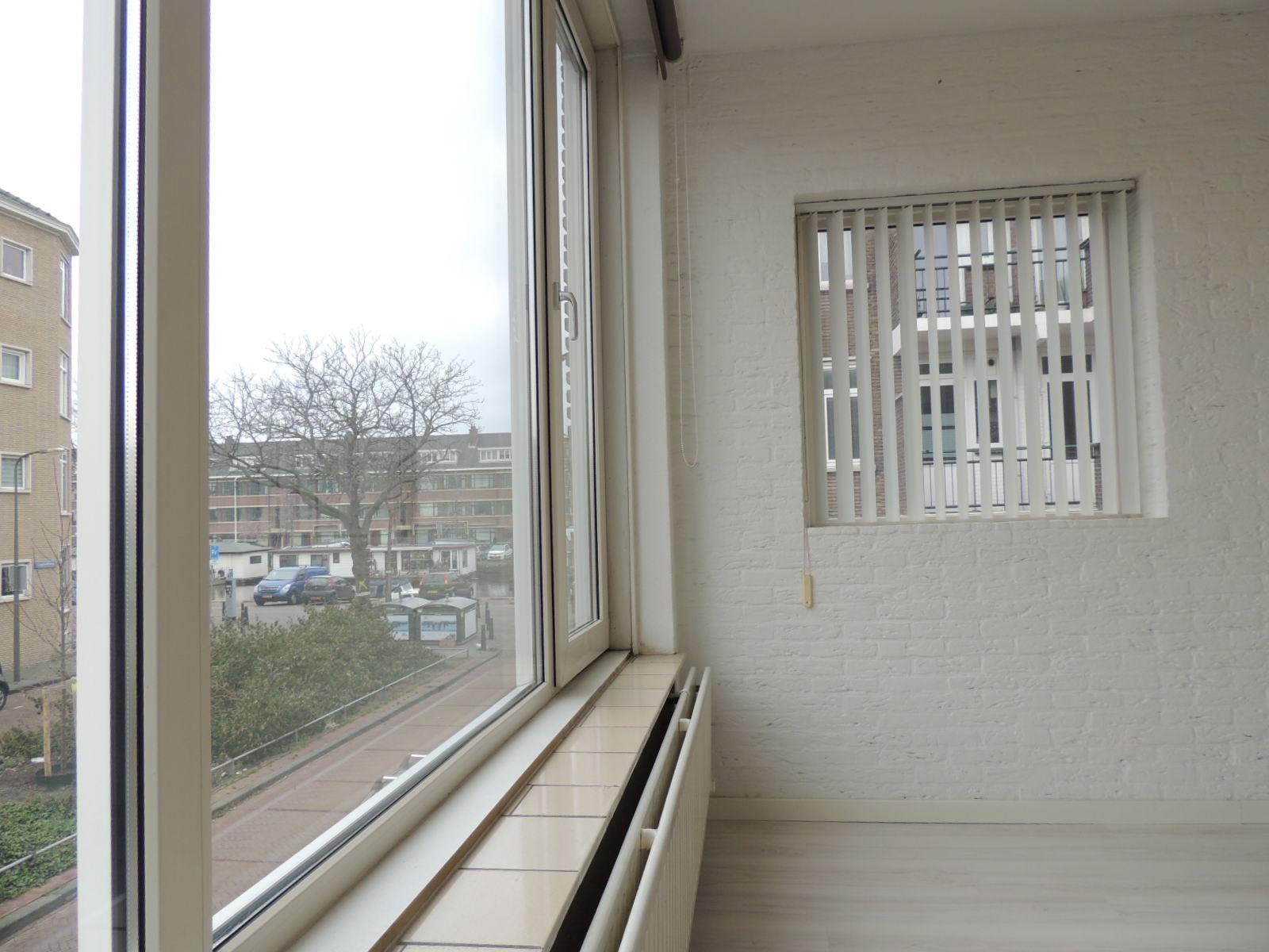 Lopikstraat, The Hague
