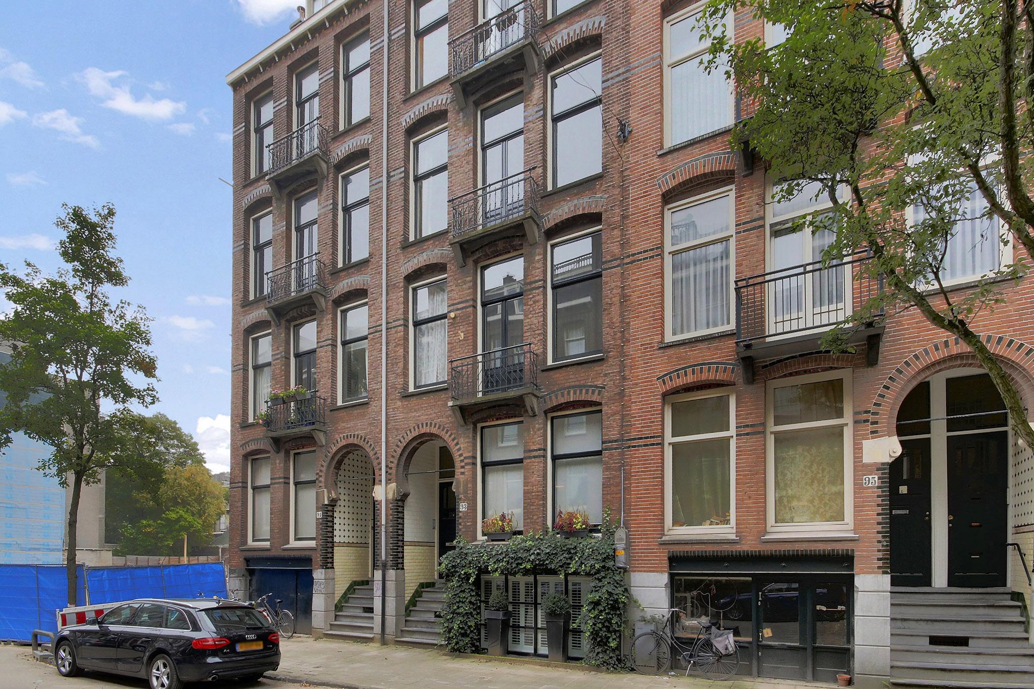 Ruysdaelstraat 93 III